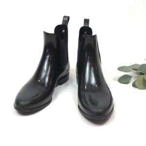 Sam Edelman Tinsley glossy rain Chelsea ankle boot